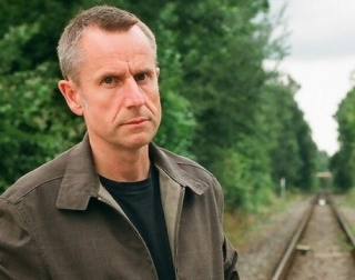 Jeremy Hardy (grabber from website) - Copy.jpg