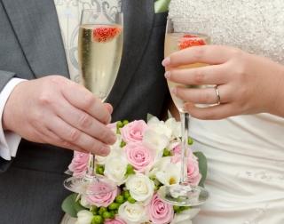 Learn How to Create Wedding Flowers