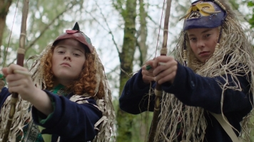 Hannah Jayne Thorp (left) in Swallows & Amazons