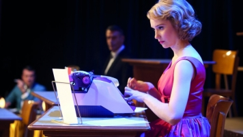 Populaire Review
