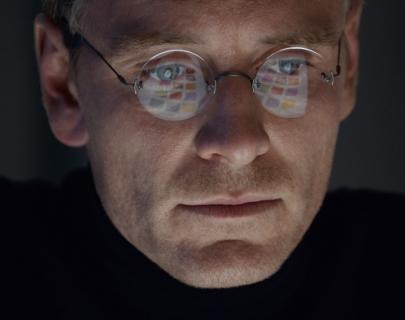 Steve_Jobs_02 (Medium).jpg