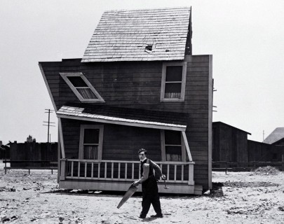 Buster Keaton film still from One Week 1920  Courtesy Park Circus.jpg