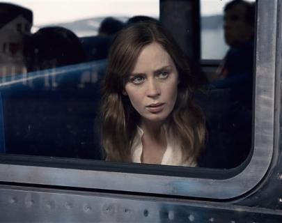 The_Girl_On_The_Train_01 (Medium).jpg