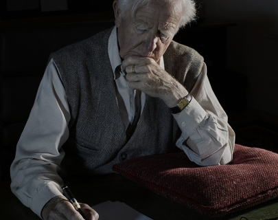 John le Carre writing a letter