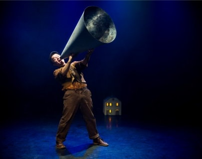Actor playing Jack with a big megaphone