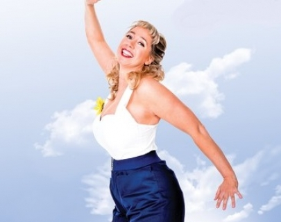 Comedian Tiff Stevens wearing 50s clothes