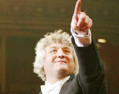 Simon Wright, conductor of the European Doctors' Orchestra